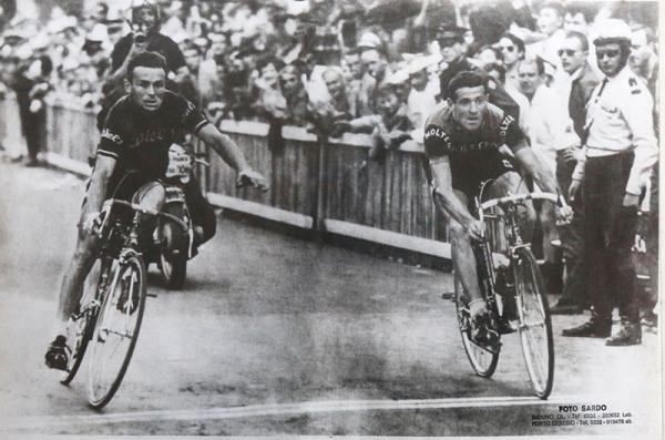 Giuseppe Fezzardi vince a Gap la Tappa del Tour de France 1965 battendo il belga Gilbert Desmet