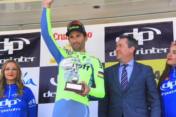 Bennati Daniele sul podio da vincitore di tappa (Foto JC Faucher)