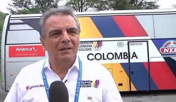 Franco Gini col furgone della Federazione Colombiana di ciclismo