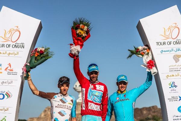 da sx, Bardet, Nibali e Fuglsang, Podio finale 7^ Giro dell'Oman (Foto Muscat Municipality)