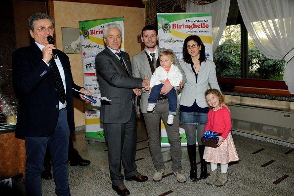 Presidente Fantyoni consegna premio Memorial Bruno Carnovali