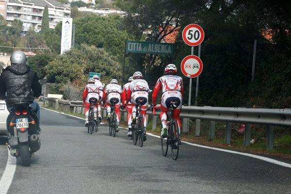 La Squadra in allenamento sulla Riviera Ligure (Foto Antonio Pisoni)