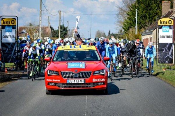 KM 0 - Pronti per il via (Foto Aso-G. Demouveaux)