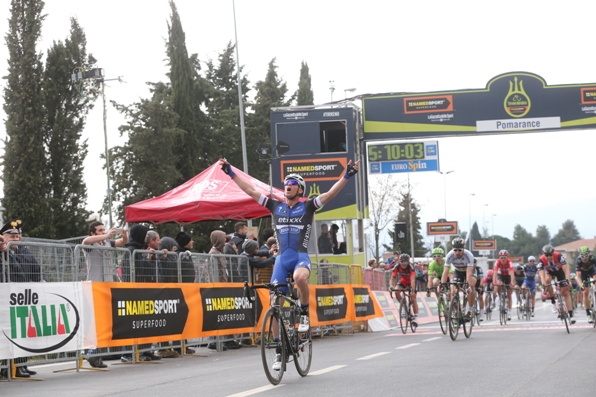Stybar vince 2^ tappa a Pomarance (Foto Ansa-Peri-Zennaro)