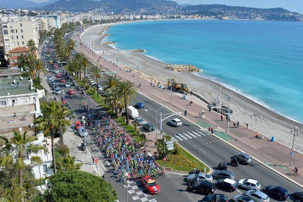 Paris-Nice 2016 - 12/03/2016 - Etape 6 - Nice - La Madone d'Utelle (177 Km) - Le départ sur la promenade des anglais