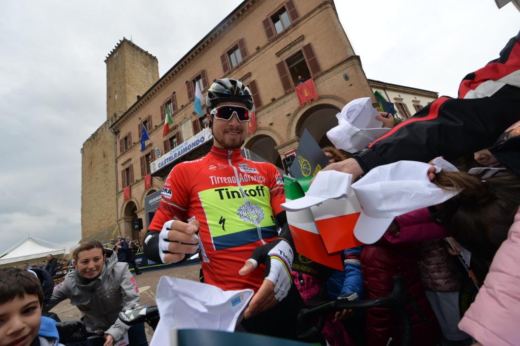 Sagan alla partenza da Castelraimondo)