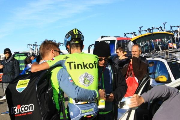 Contador dopo l'arrivo (JC Faucher)