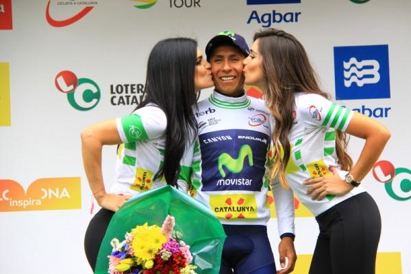 Quintana riceve il bacio delle miss (Foto JC Faucher)