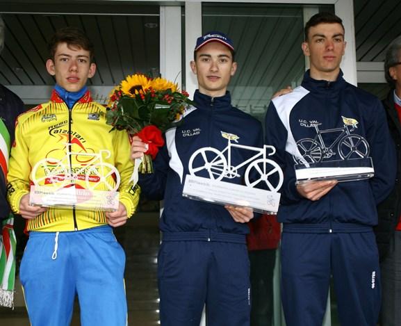 Da sx Fancellu, Carpene e Martin Podio gara Allievi (Foto Berry)