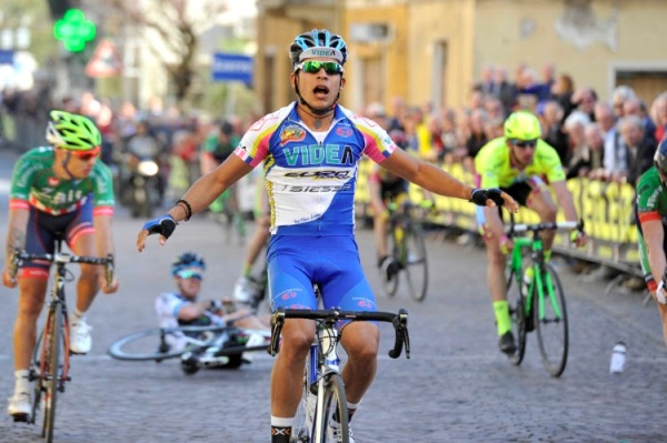 Gomez Urosa vince a Ceresara (Foto Soncini)