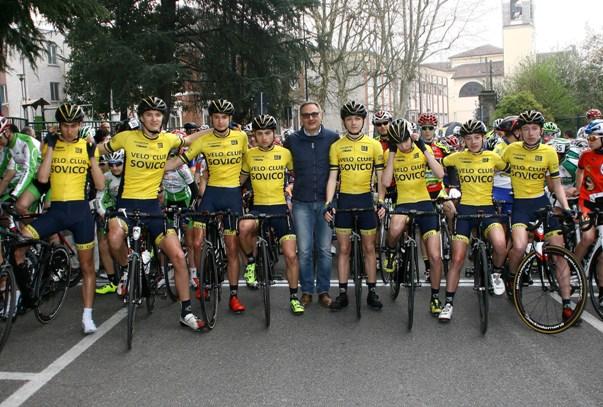VC Sovico schierato per il via (Foto Berry)