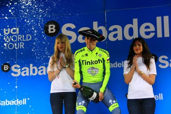 Contador e il brindisi alla vittoria (Foto Jean Claude Faucher)