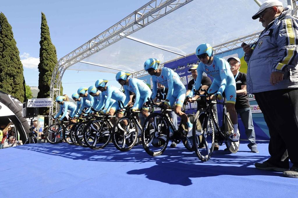 1° tappa Crono Squadre Riva del Garda - Torbole 12,10 KM Astana Pro Team