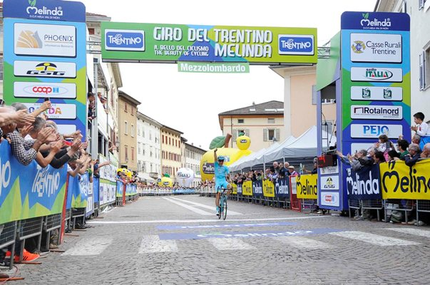 Giro del Trentino Melinda 2016 , 3° tappa Sillian - Mezzolombardo arrivo del vincitore  Kangert Tanel  ASTANA PRO TEAM