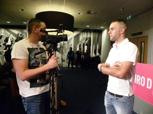 Matteo Pelucchi intervistato ad Apeldoorn (Foto Nastasi)