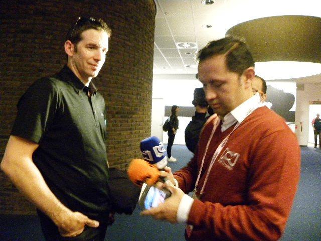 Mikel Nieve intervistato in Olanda (Foto Nastasi)