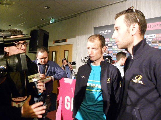 Michele Scarponi e Vincenzo Nibali conferenza stampa (Foto Nastasi)