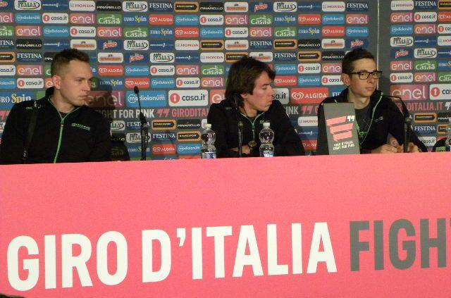 Rigoberto Uran e Davide Formolo in conferenza stampa (Foto di Nastasi)