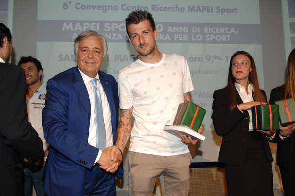 http://pedaletricolore.it/wp-content/uploads/2016/05/21.05.16-Dr.-Pecci-Claudio-ed-esponente-calcio.jpeg