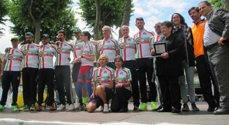I neo campioni d'Italia Csain cronoindividuale