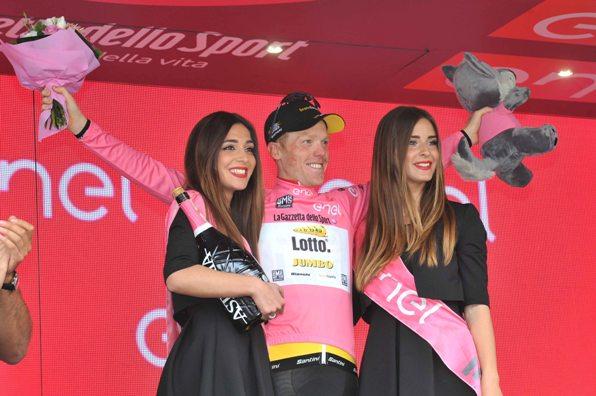 Steven Kruijswijk sempre maglia rosa (Foto Mosna Natascia G.)