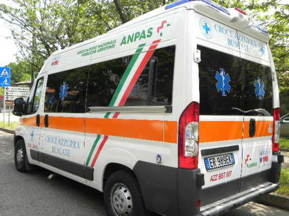 Ambulanza Croce Azzurra Buscate (Foto Nastasi)
