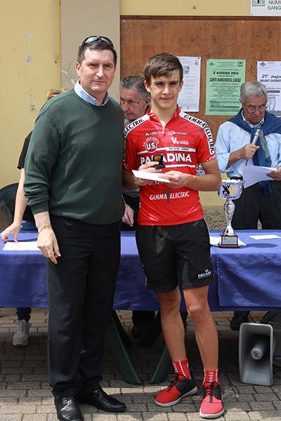 Premiazione di Mazzoleni 3^ classificato (Foto Kia Castelli)