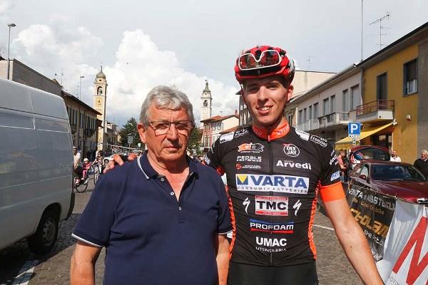 Gabriele Moreni con nonno Renato (Foto Pisoni)