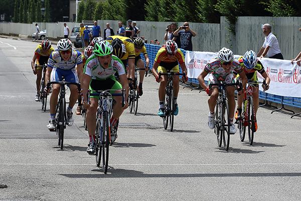 Luca Varenna vince in volata la seconda piazza (Foto Berr