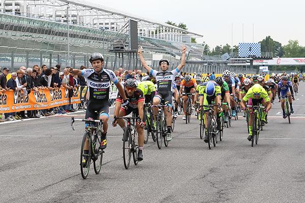 Minali esulta a Monza per la vittoria di Lamon (Foto Kia)