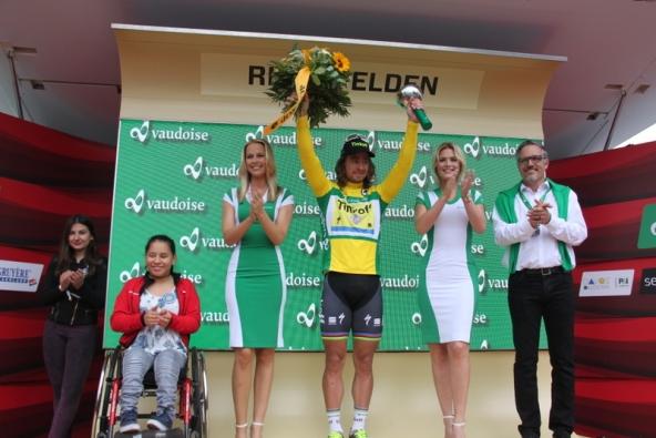 Sagan podio in maglia oro (Foto JC Faucher)