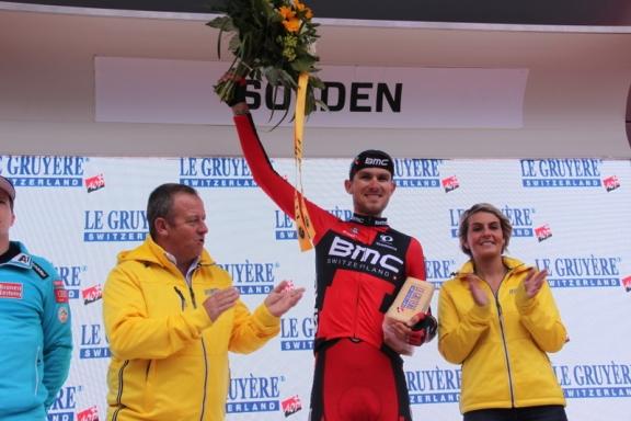 Van Garderen premiazione (Foto JC Faucher)