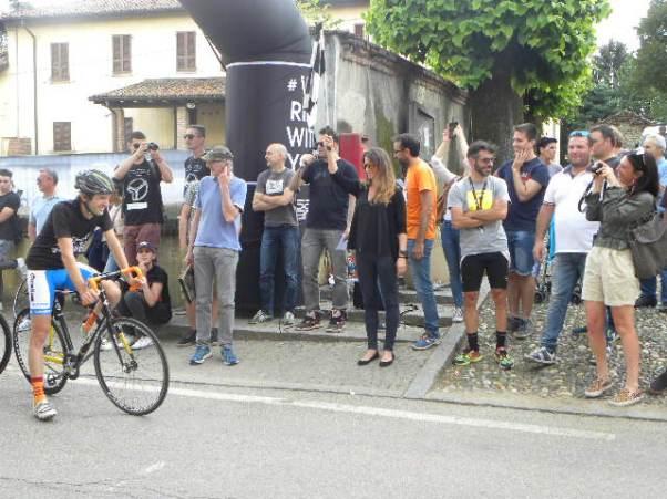 Ilaria Andriani, dal Lussemburgo a Casterno per dare il via alla gara a scatto fisso (Foto di : Nastasi)