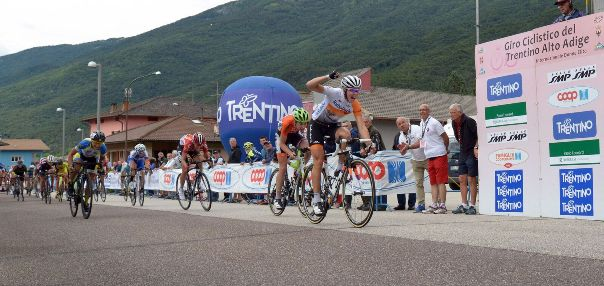 Thalita De Jong vince 3^ ed ultima tappa Trentino Femminile (Foto Daniele Mosna)