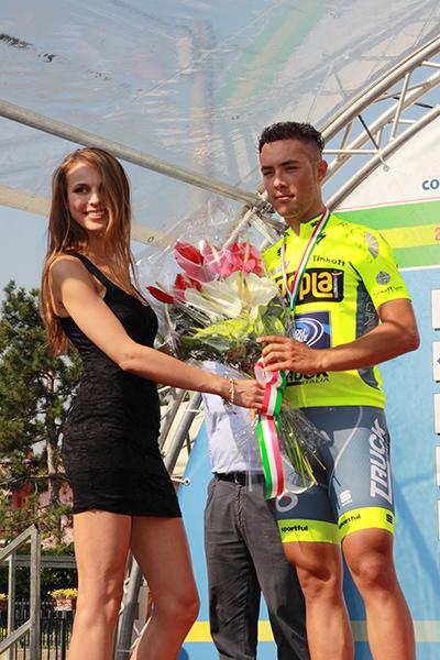 Vincenzo Albanese premiato al Traguardo (Foto Kia)