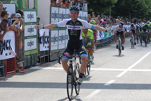 La vittoria di Simone Consonni (Foto Kia)