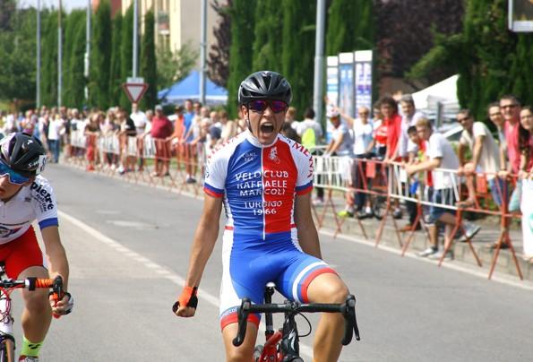 Milone vince a Mariano Comense (Foto Berry)