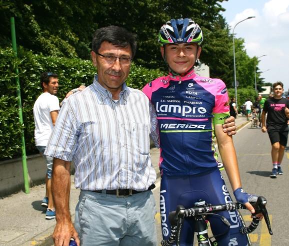 Andrea Montoli col presidente della SC Saronni, Antonio Saronni (Foto Berry)