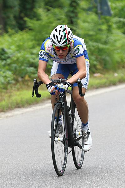 La prima fuga è di Marco Costa del Progetto Ciclismo Rodengo (Foto Kia)