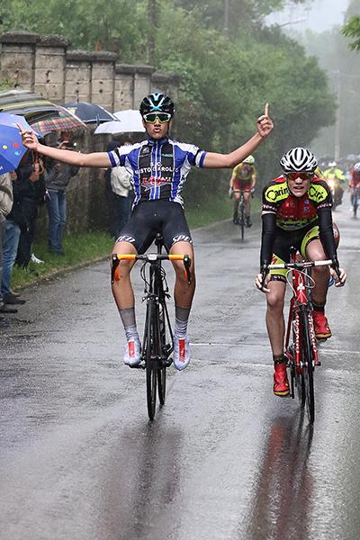 Parisini vince a Faloppio (Kia)
