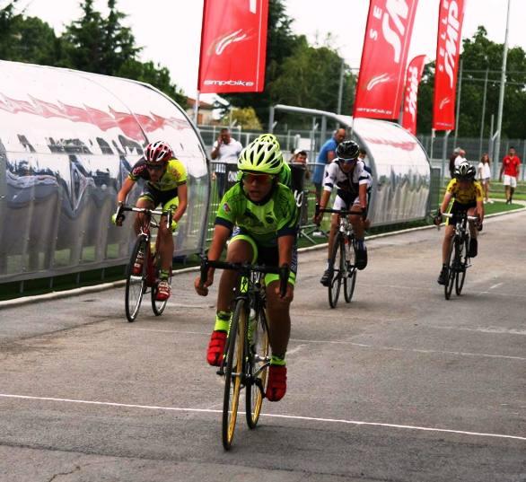 Uno sprint dei giovanissimi a Ferentino