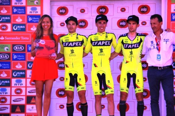Premiazione di una squadra (JC Faucher)