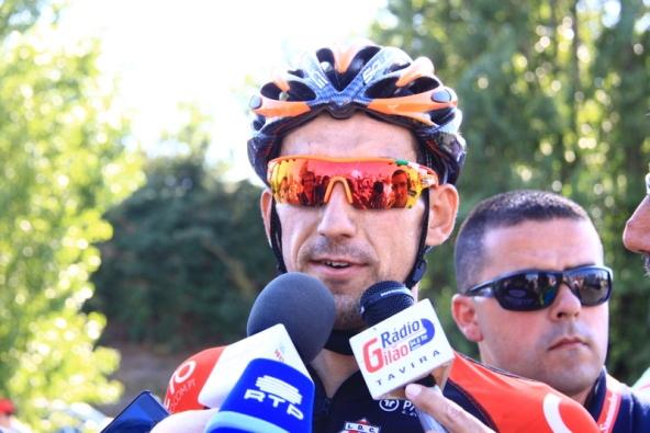 Il vincitore intervistato dopo la vittoria (JC Faucher)