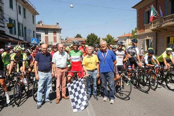 Sindaco Vegezzi pronto a dare il via al 12° Circuito Castelnovese (Foto Pisoni)