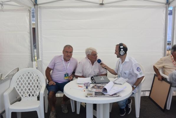 Intervista al grande Tricolore di Francia, Raimond Poulidor qui col grande Tricolore d'Italia, Aldo Trovati