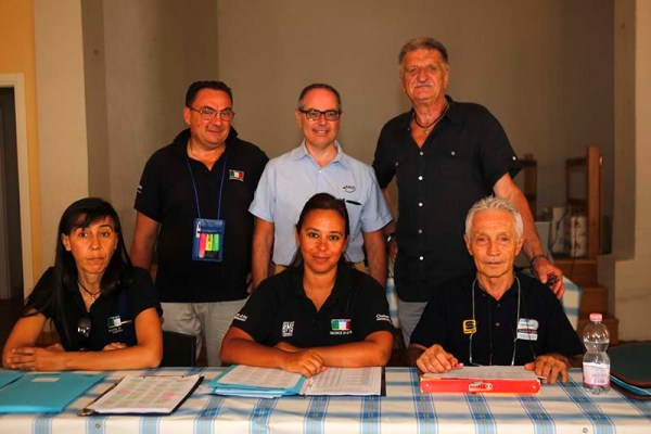 da sx, Muggiolu, Batelli, Siclari, Menini, Nanni e Silvio Pezzotta (Foto Pisoni)