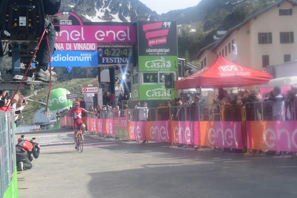 Rein Taaramae (Estonia-Katusha), vince la 20^ tappa del 99^ Giro d'Italia da Guillestre a Sant'Anna di Vinadio (Foto Trovati)