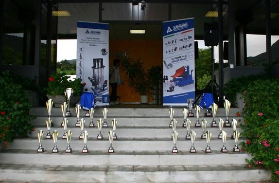 I premi della gara Esordienti ad Albino (Foto Berry)