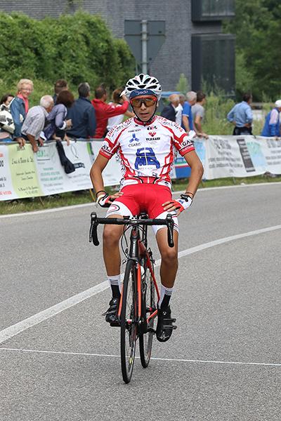 Arrivo 2° classificato Alessandro Redeghieri (Foto Kia)