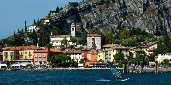 Torbole, sede arrivo cronosquadre 2016 del 40^ Giro del Trentino (Foto Mosna)